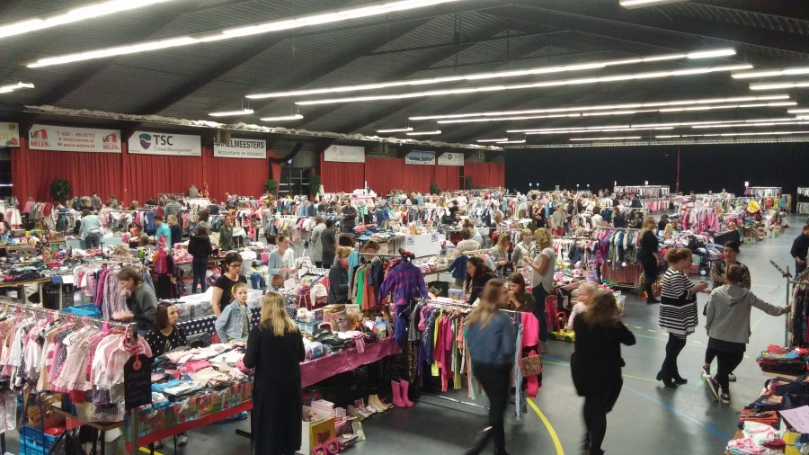 Kinderkleding Amsterdam.Kinderkleding Speelgoedbeurs Xxl Met Nieuwe 2e Kans Items