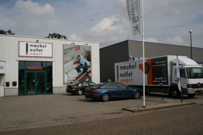 Meubel outlet weert outletwinkel in weert for Outlet meubels